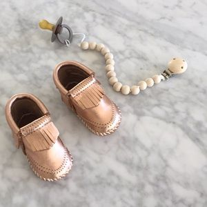 271981a05064 Minnetonka Shoes - Minnetonka moccasins rose gold size 1 or 3-6 Month